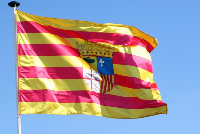 Aragón se compromete a crear las categorías de Enfermería pendientes durante este año