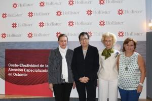 De izquierda a derecha: Isabel Escobar, directora general de Hollister, Pilar Montiel, presidenta de AOMA, Pilar Fernández, vicepresidenta I del CGE e Inma Pérez portavoz de SEDE