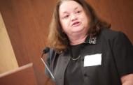 """S. Moorhead, creadora de los lenguajes NIC y NOC: """"Competimos por tener usuarios de nuestros términos"""""""