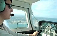 Los pilotos de aerolíneas pueden estar expuestos a una radiación en la cabina similar a las camas de bronceado