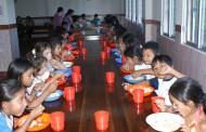 Enfermeras Para el Mundo recoge fondos para llevar alimentos a los niños de la Amazonia Ecuatoriana