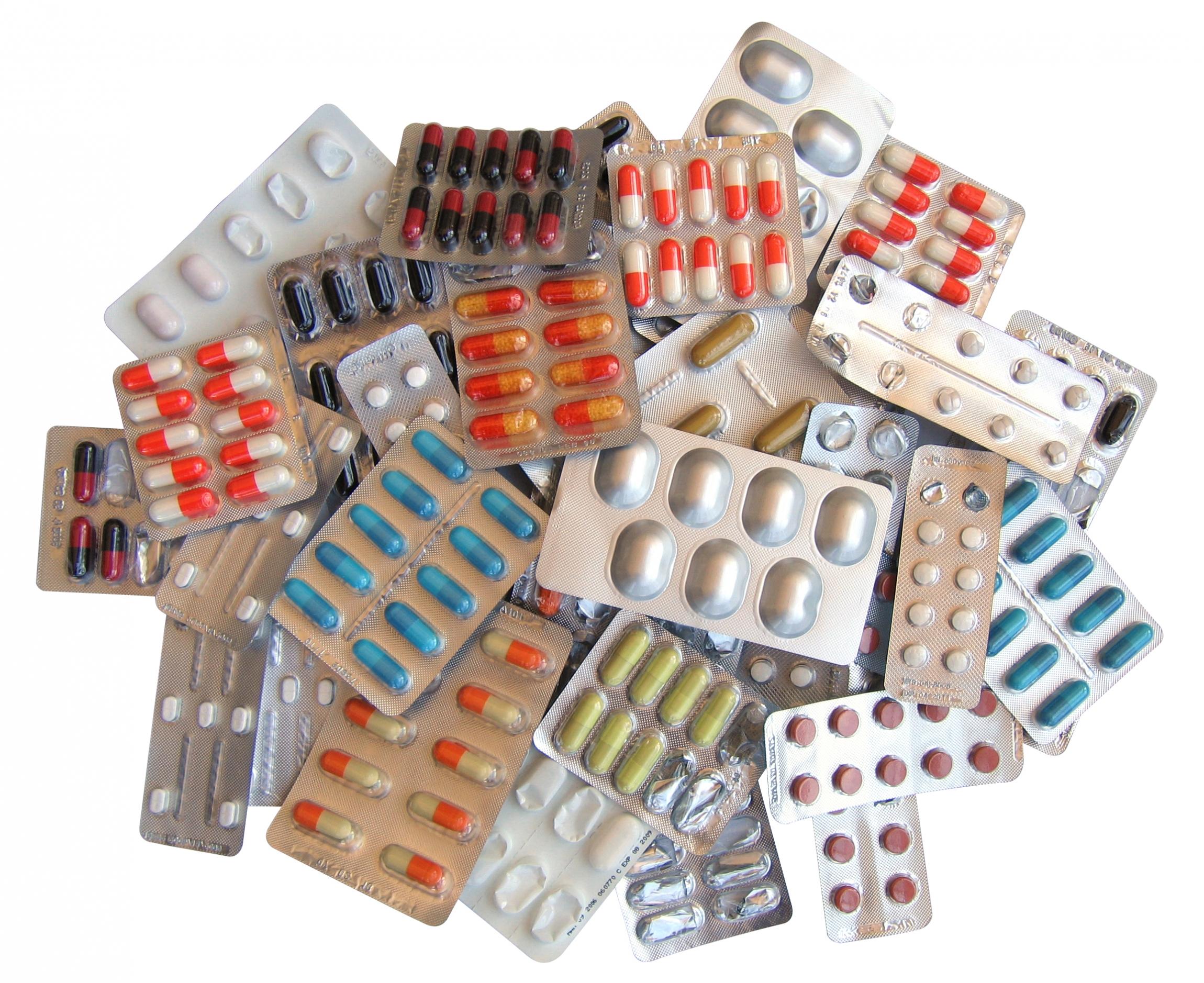 Sanidad revisará el copago hospitalario de medicamentos que impuso Mato