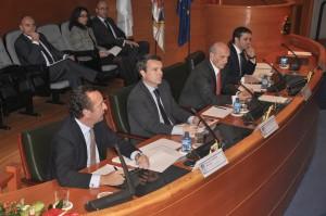 De izquierda a derecha: Pedro Ladrón de Guevara, consejero delegado de Serprocol; Juan Ramón Pérez, director general De España y Portugal del Grupo Eulen; Máximo González Jurado, presidente del CGE, y Jorge Gonzalez Seoane, director nacional Eulen Flexiplan