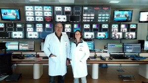 Juan Manuel Hernández y Pilar Sanmartín, enfermeros de de Canal Sur en Sevilla y Málaga.