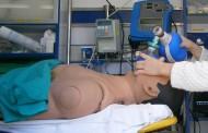 Una enfermera alicantina investiga si es segura la intubación en movimiento