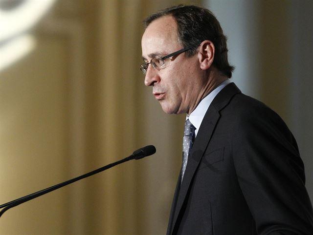El ministro Alonso asegura que la prescripción enfermera será una realidad