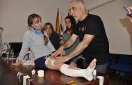 Profesionales de enfermería se actualizan en la práctica de técnicas de vendaje