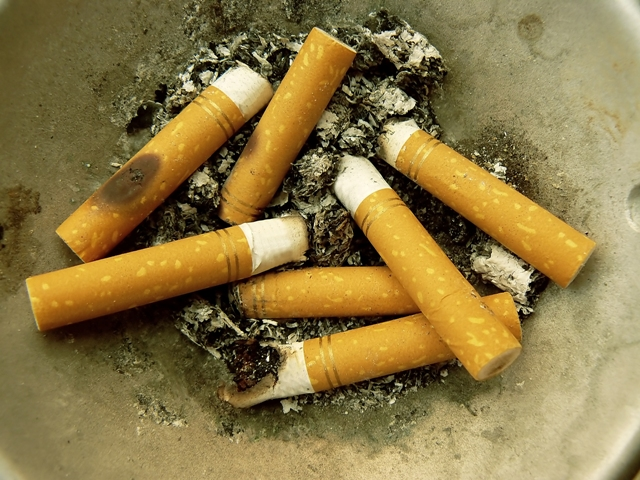 El 77% de futuras enfermeras catalanas no están preparadas para ayudar a dejar de fumar