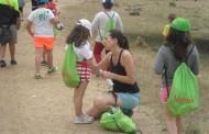 La Asociación Española Contra el Cáncer organiza campamentos de verano gratuitos para apoyar a jóvenes con la enfermedad