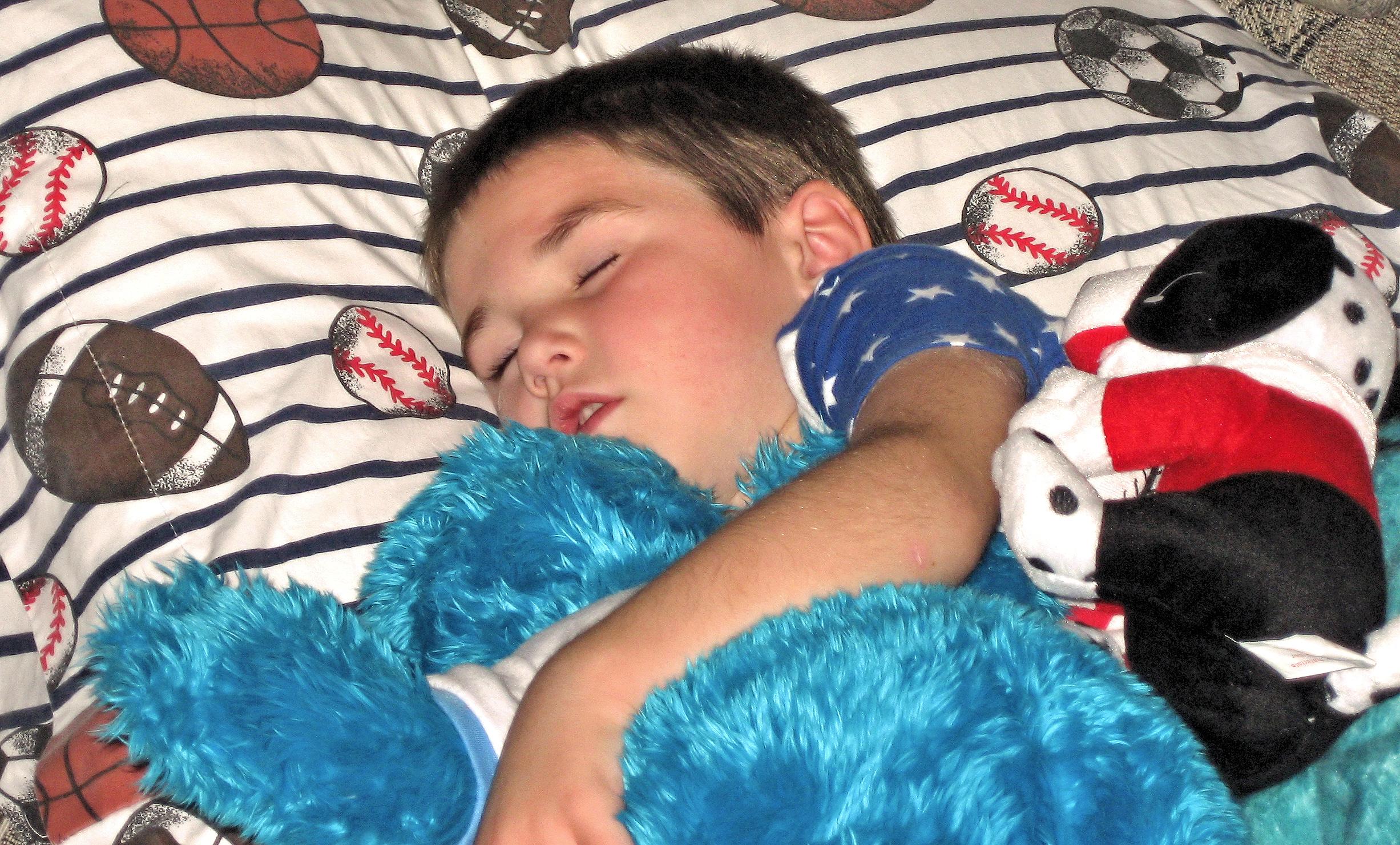 Los niños también duermen peor si sus madres tienen insomnio