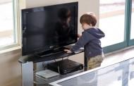 Aumentan las lesiones graves en niños por culpa de caídas de televisores en la cabeza