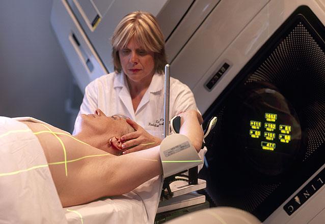 El Gobierno aprueba un RD que extrema la protección de pacientes y profesionales ante las exposiciones radiológicas médicas