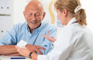 El consejero de Sanidad de Aragón considera prioritaria la enfermería de Atención Primaria