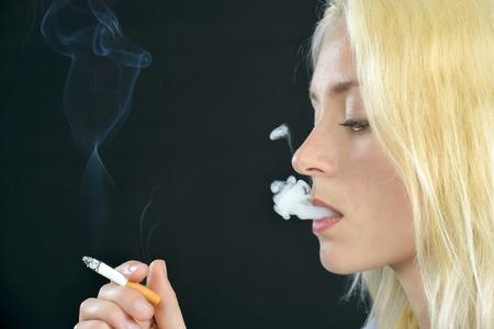 Fumar durante el embarazo aumenta el riesgo de daño renal en los bebés