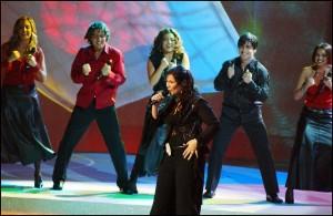 Rosa López durante su actuación en Eurovisión en 2002.