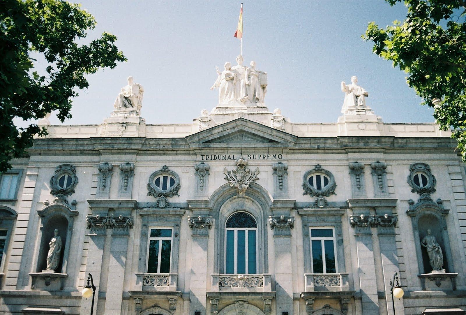 Cataluña, País Vasco, Navarra y Canarias formalizan sus recursos ante el TS contra el RD de prescripción enfermera