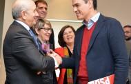 La enfermería propone a Pedro Sánchez un nuevo modelo sanitario y el PSOE ratifica su compromiso con la profesión