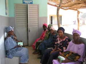 Consulta prenatal en Senegal