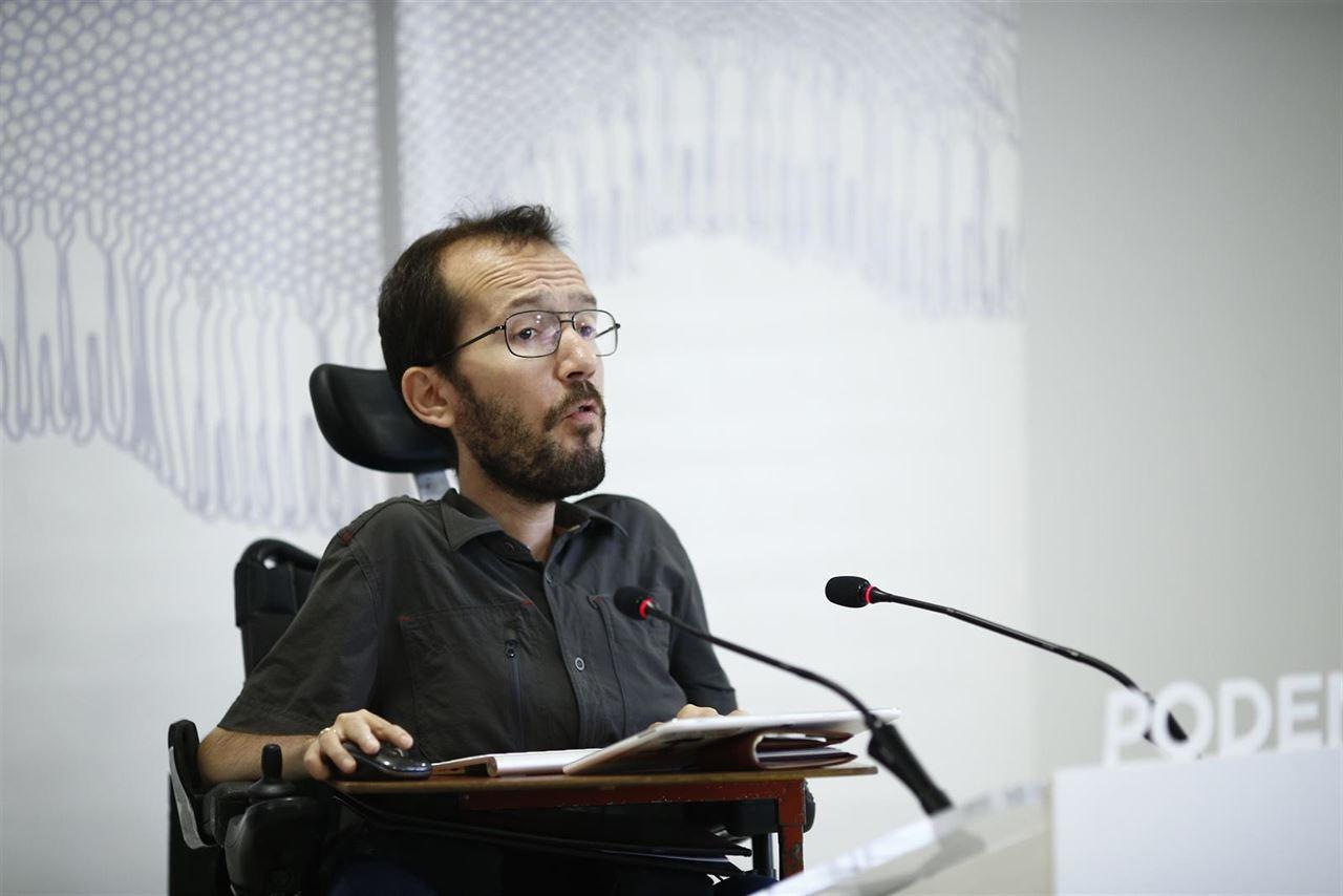 Echenique (Podemos Aragón) apoya a la enfermería contra el RD de prescripción