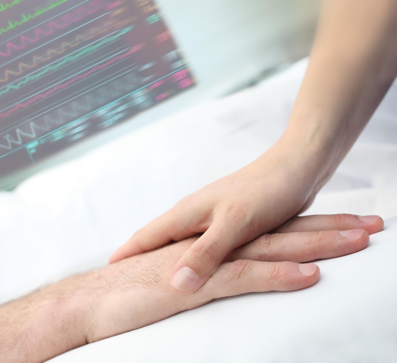 La atención enfermera domiciliaria a pacientes terminales ahorra costes al sistema