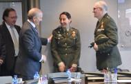 Máximo González Jurado recibe a la promoción de enfermeros militares