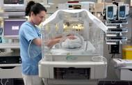 Demuestran los beneficios del alta precoz en bebés prematuros con seguimiento enfermero