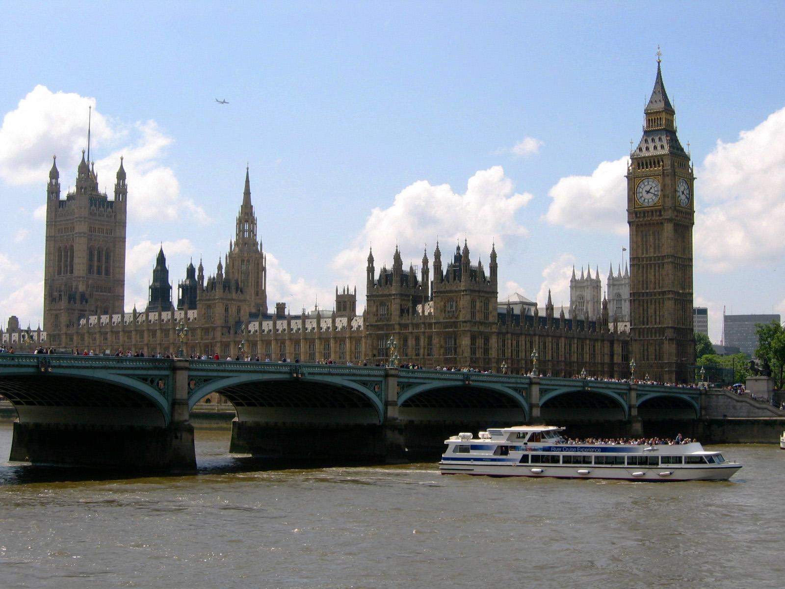 El CIE condena la decisión de Reino Unido de recortar la voz de la enfermería