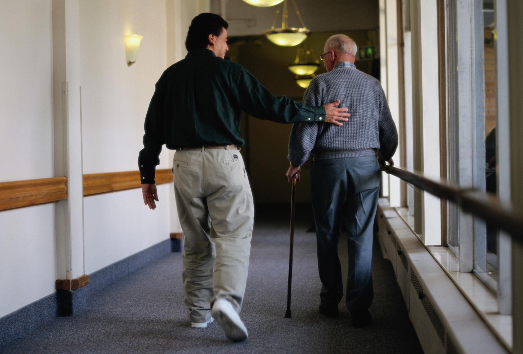 Párkinson: enseñar al cuidador a cuidarse