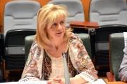 """Elvira Velasco: """"Soy firme defensora de incrementar las ratios de enfermería; si es por ley, mejor"""""""