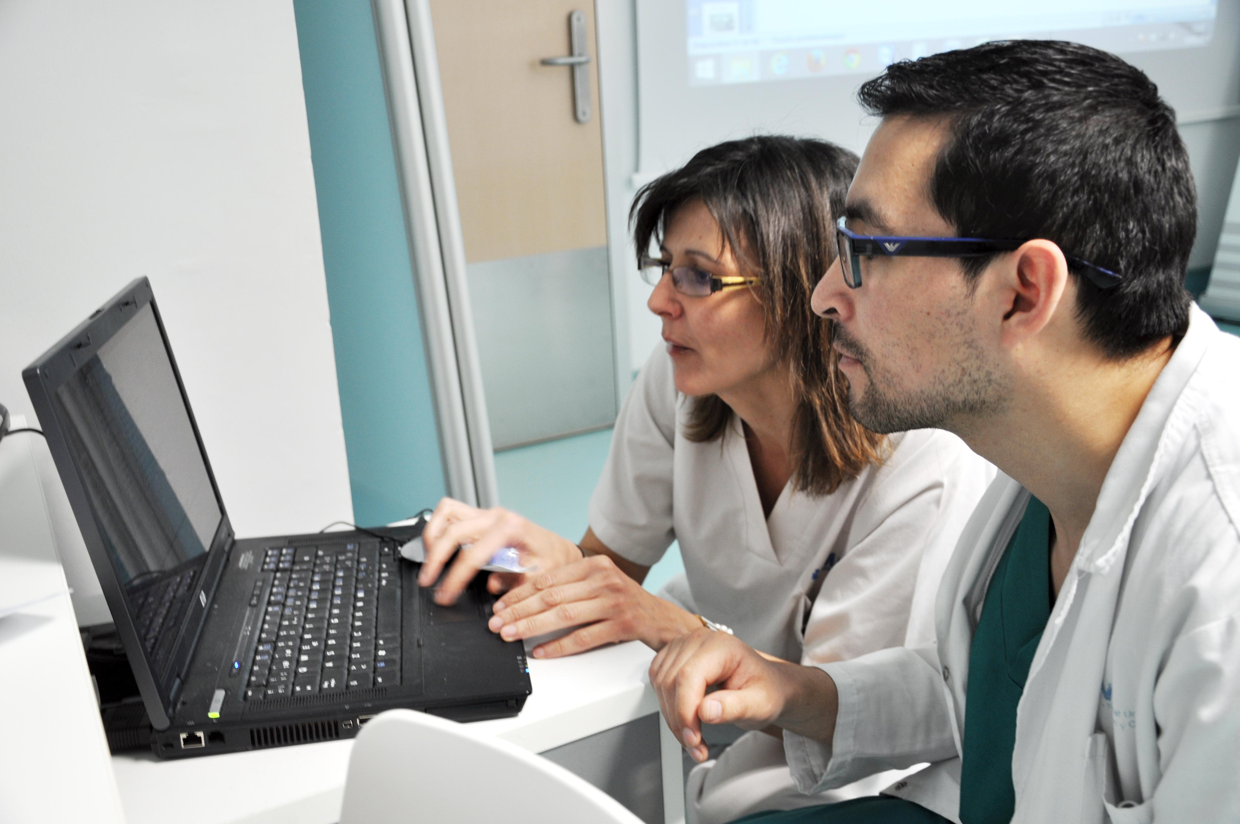 La UEx y el Colegio de Enfermería de Cáceres editan una revista online que difunde información científica en este ámbito