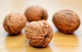 Consumir una o dos raciones a la semana de nueces favorece un envejecimiento saludable