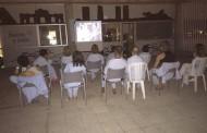 Cine al aire libre coordinado por la enfermería para pacientes de Salud Mental