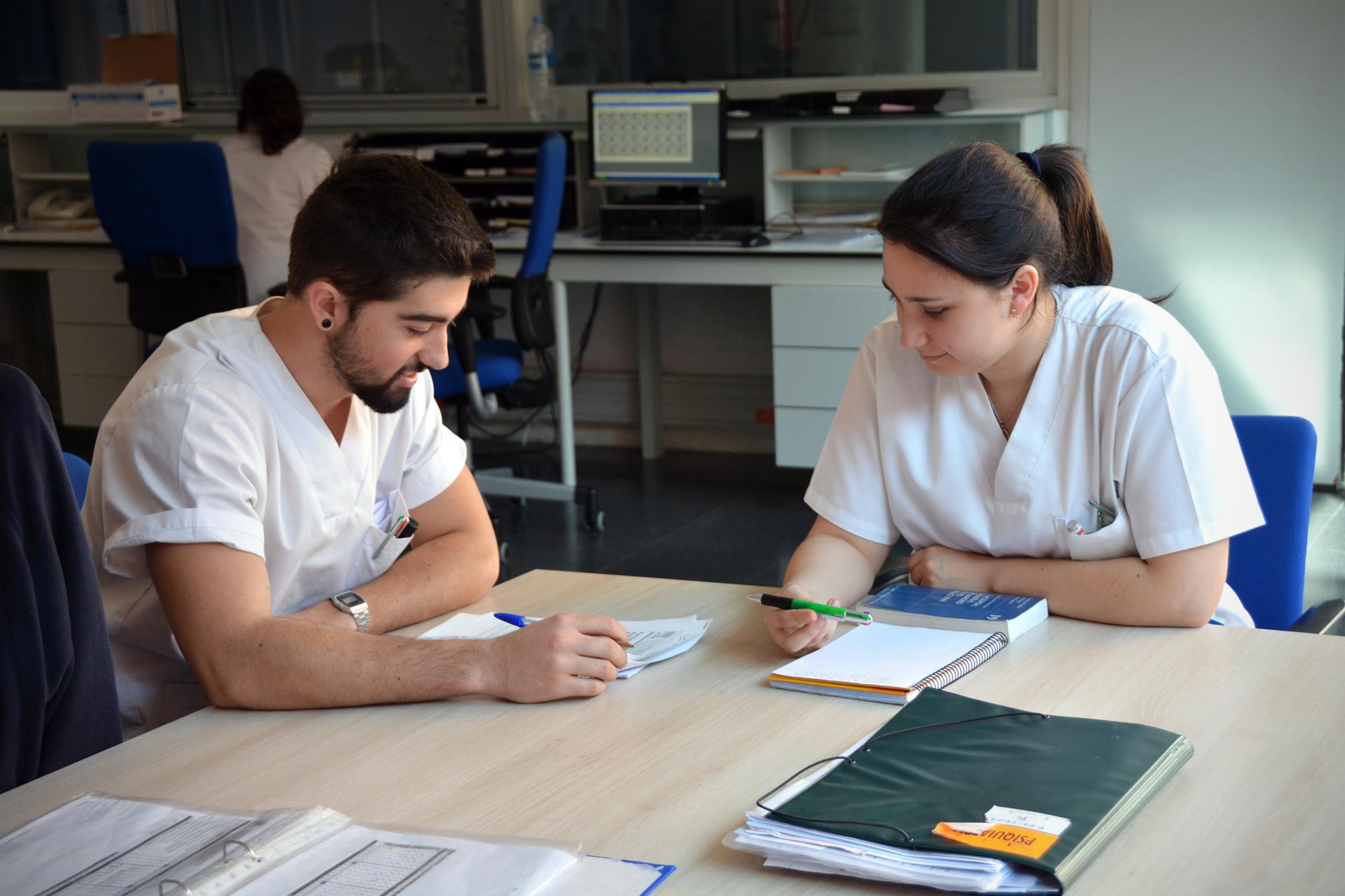 La Justicia valenciana permite a alumnos de universidades privadas hacer prácticas en hospitales públicos