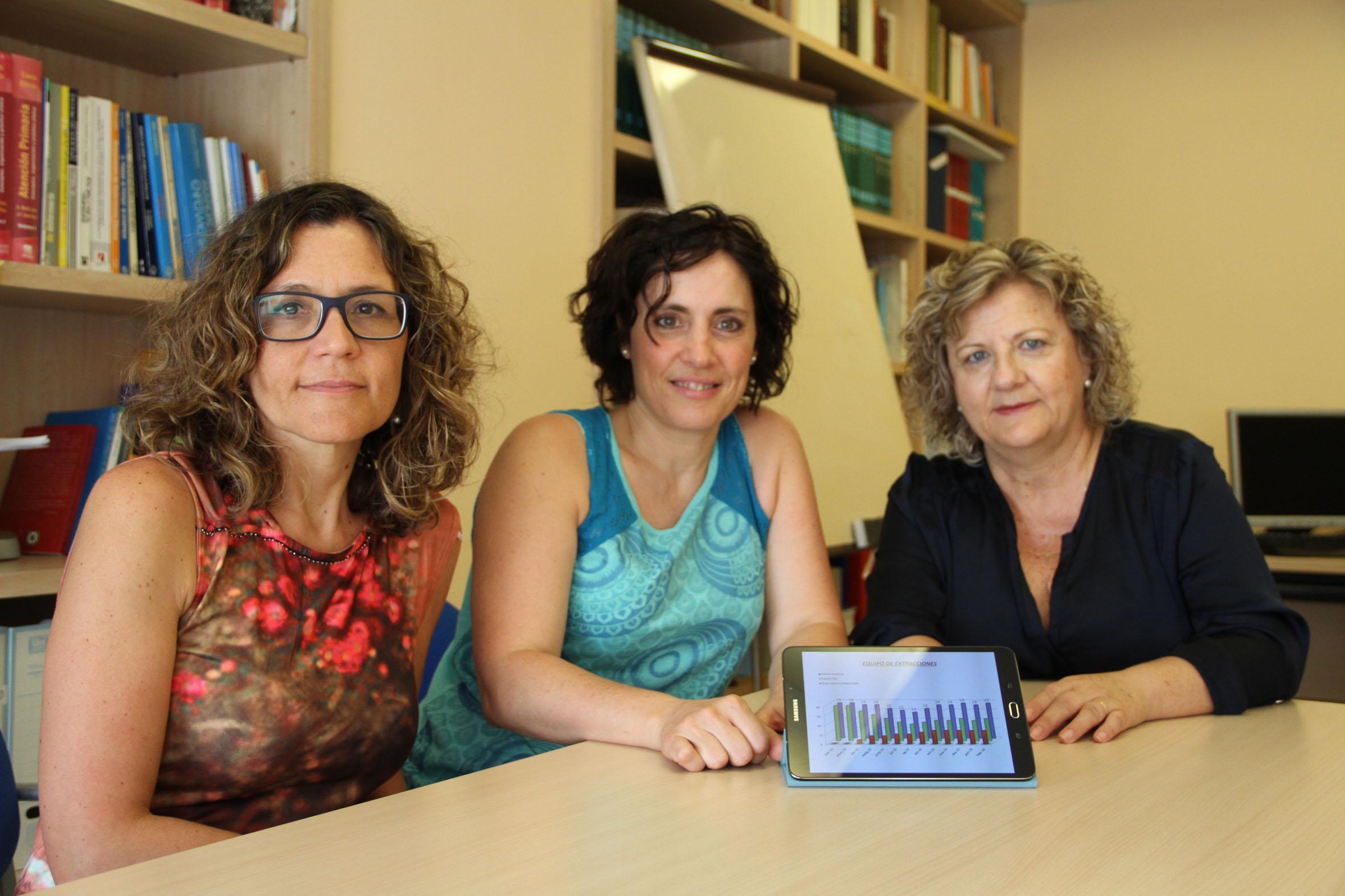 De izquierda a derecha: Marina Peirón, directora de Enfermería del Hospital Universitario Arnau de Vilanova; Sonia Carrasco, enfermera referente y responsable del estudio y Mercè Ruestes, supervisora