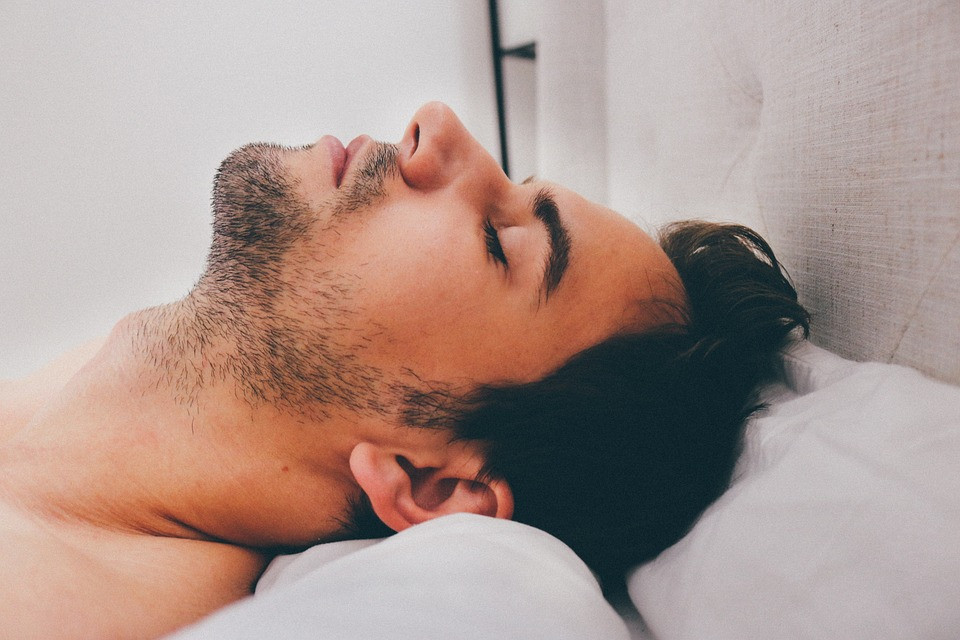 Los problemas del sueño pueden ser signos tempranos de Alzheimer