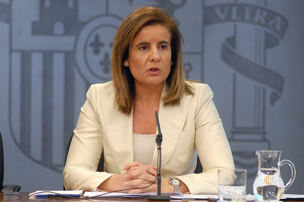 Báñez se reúne con sindicatos y empresarios para abordar la sentencia sobre temporales
