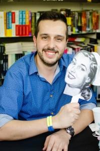 Hector Castiñeira y su álter ego Enfermera Saturada