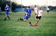 Deportistas profesionales podrían tener más riesgo de artritis, sobre todo futbolistas