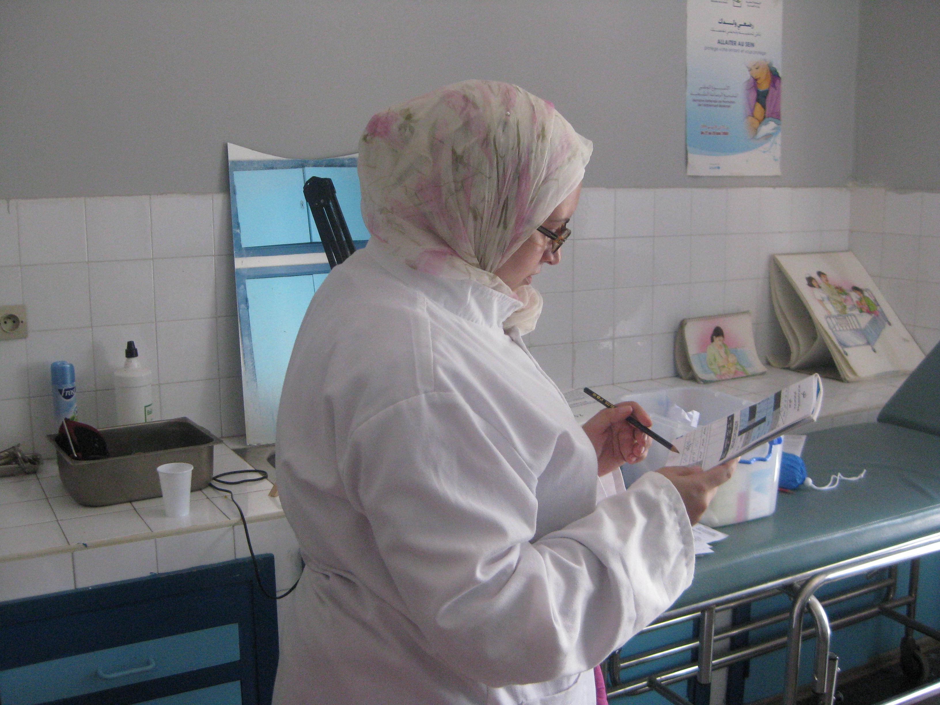 EPM dota con material obstétrico al Centro de Salud Comunitaria de Alhucemas