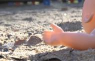 Los problemas de conciliación familiar y laboral incrementan los casos de maltrato infantil por negligencia