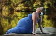 Acostarse boca arriba mientras se está embarazada podría aumentar el riesgo de muerte fetal