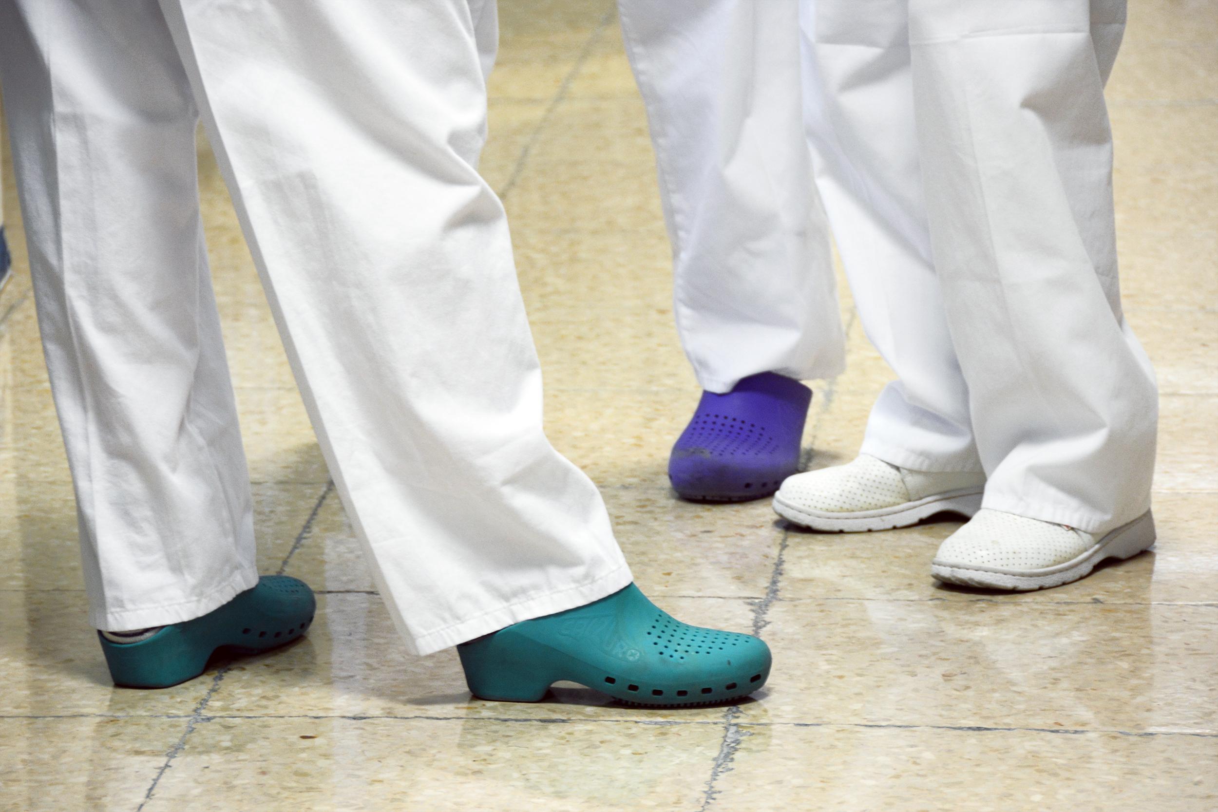 Medio millar de enfermeras denuncian al gobierno balear por impago de la carrera profesional