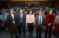 Revilla apoya que haya enfermeros en todos los colegios de Cantabria en un futuro