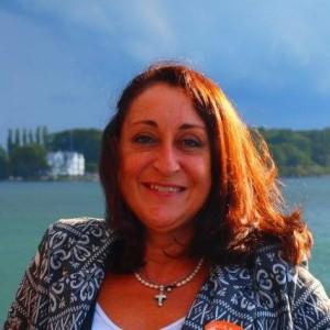 Araceli Santos, presidenta de la Asociación de Especialistas de Enfermería del Trabajo