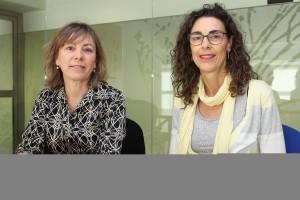 Montse Fernández y Nieves Isco, dos de las enfermeras autoras de la comunicación.