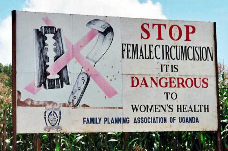 Sanidad refuerza sus centros para actuar contra la mutilación genital en las niñas que viajan a su país de origen