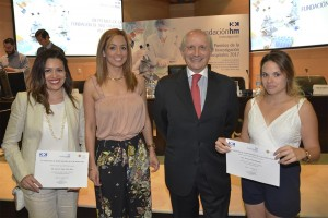 Máximo González Jurado, presidente del CGE junto a las futuras enfermeras de HM Hospitales