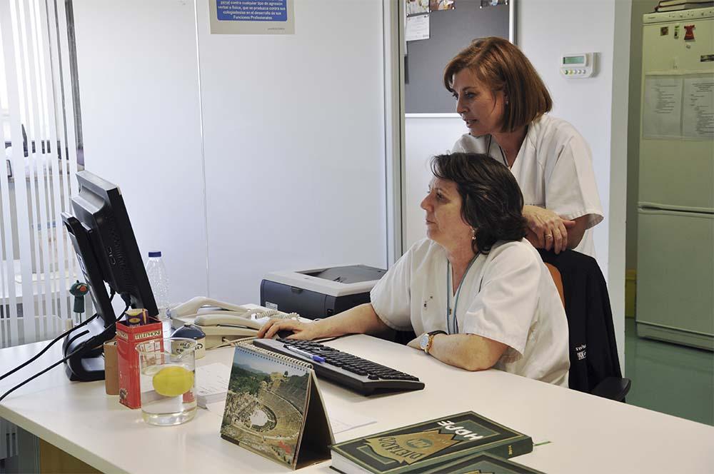 La justicia obliga a la Consejería de Sanidad a facilitar a los enfermeros las historias clínicas de pacientes