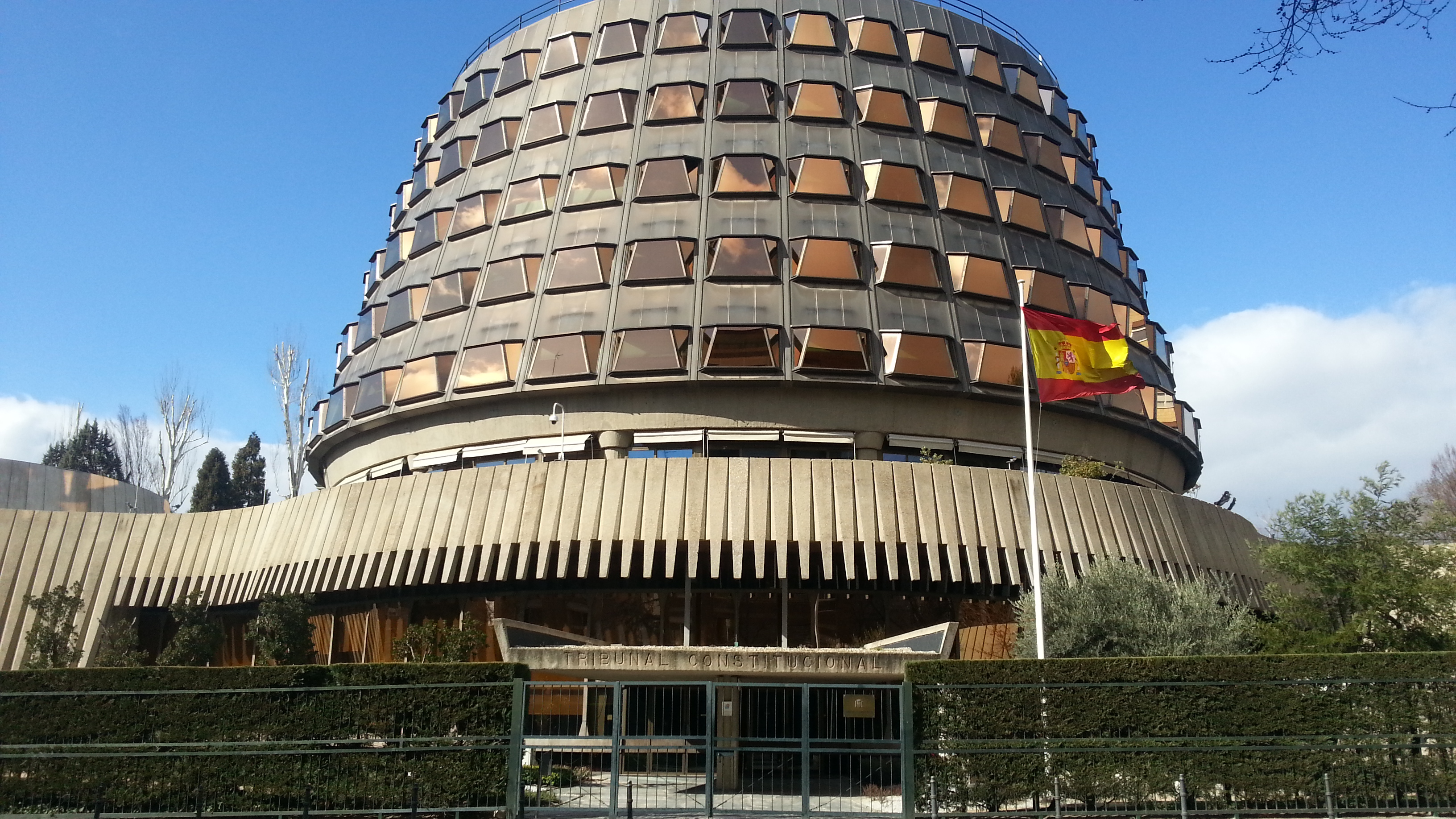 Las competencias de colegiación son estatales, afirma el Tribunal Constitucional
