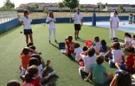 Enfermeras sevillanas organizan una yincana infantil para promocionar hábitos saludables